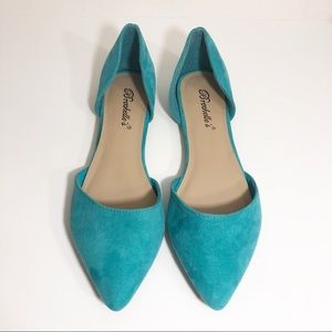 NWT Breckelles Pointed Suede Flats